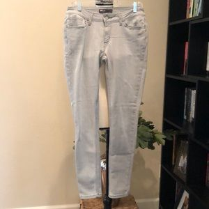 Levi's Sand-washed Skinny Jeans